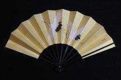 画像1: 二羽鶴図 (黒塗扇子立・烏帽子箱入)